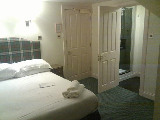 Ardgowan Hotel: View of room from desk