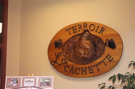 Terroir La Cachette Restaurant & Wine Bar At Strewn Winery: La Cachette