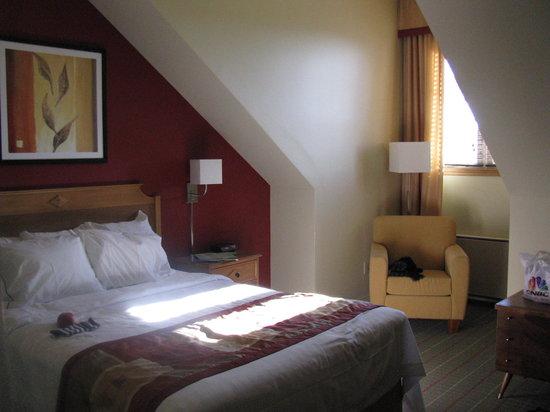 Residence Inn Mont Tremblant Manoir Labelle: hotel room
