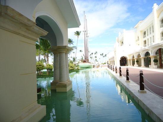 Iberostar Grand Hotel Bavaro: pools