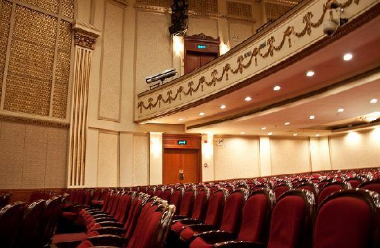 Shanghai Lanxin Theater: Audience