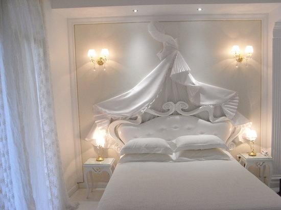Athens Diamond Plus bed