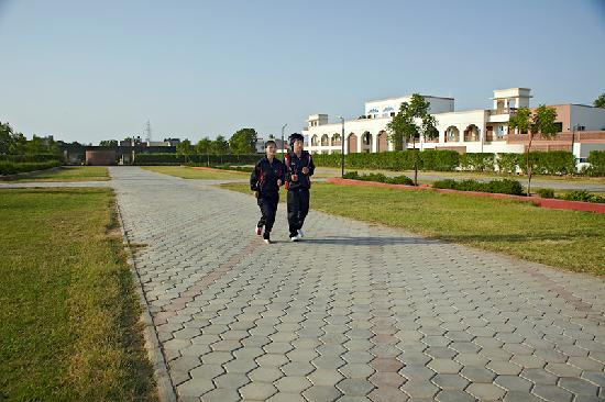 Amargarh Resort: Jogging Track