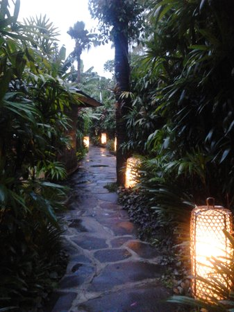 Jamahal Private Resort & Spa: Lust Garden Corridor