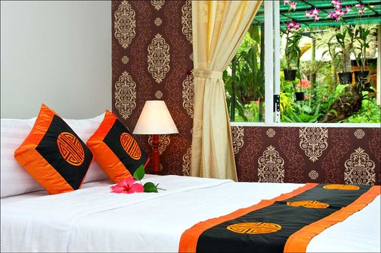 Botanic Garden Homestay: Bed room