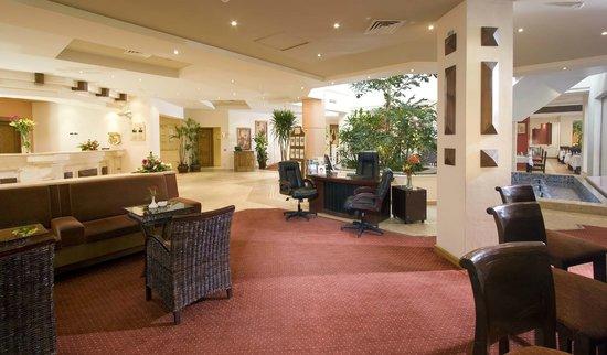 Swiss Inn Pyramids Golf Resort & Swiss Inn Plaza : Lobby