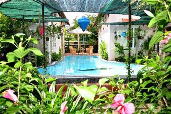 Botanic Garden Homestay: Pool