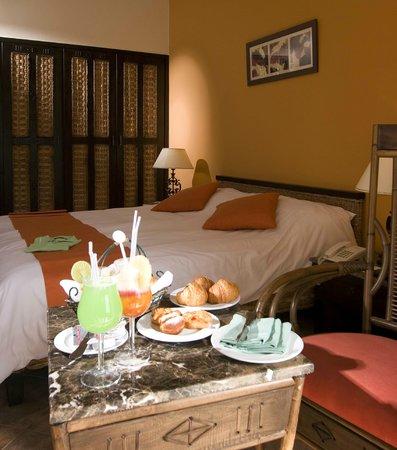 Swiss Inn Pyramids Golf Resort & Swiss Inn Plaza : Room