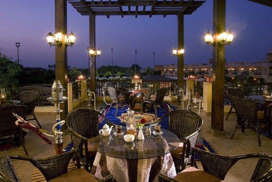 Swiss Inn Pyramids Golf Resort & Swiss Inn Plaza : Terrace