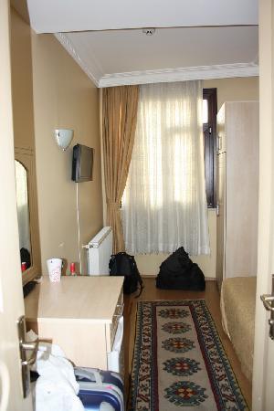 Hotel California Istanbul: Elena_Marlen