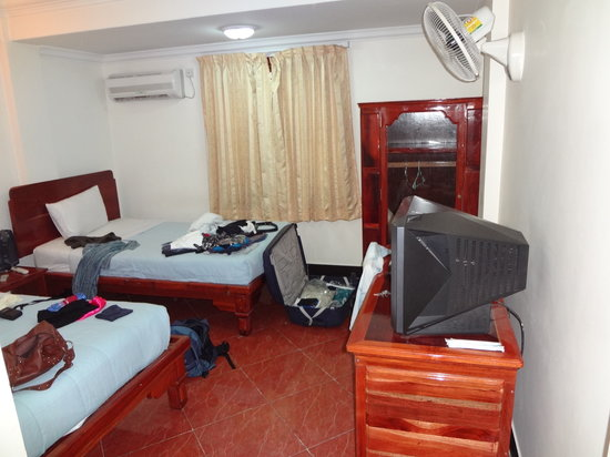 Nawin Guesthouse: Our room