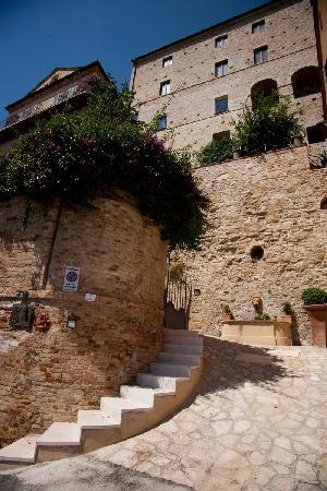 Casa Pazzi: L'ingresso