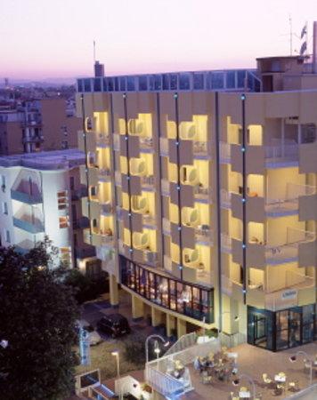 Hotel Soleblu: L'hotel visto dall'alto