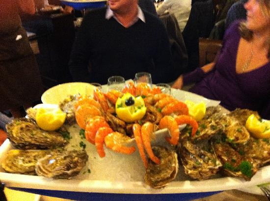Le Touquet – Paris-Plage, France : Oysters and prawns starter