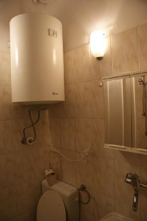 Peregrinus Rooms & Apartments: Baño