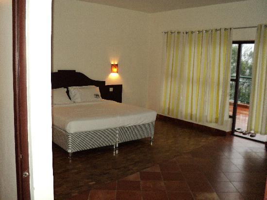 Ayur County Resorts: Bedroom