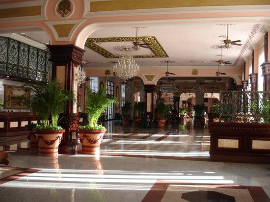 Hotel Riu Palace Riviera Maya: Main Lobby