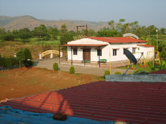 Balaji Resorts, Velhe Pune: Top View Entrance