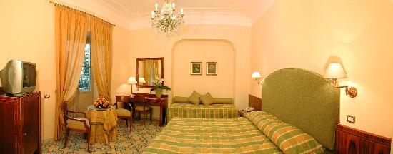 Antiche Mura Hotel: Comfort Room with Balcony
