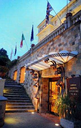 Antiche Mura Hotel: Entrance
