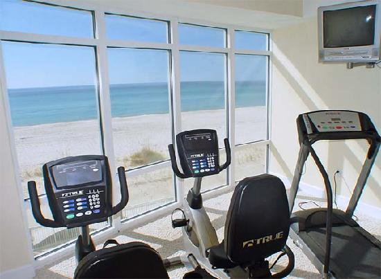 Ocean Villa Condos: Fitness Room