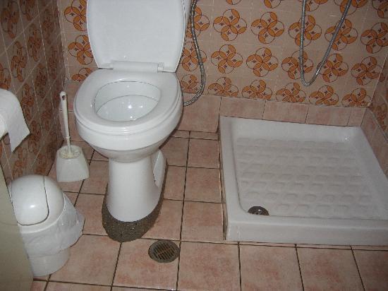 Almyros Beach : salle de bain