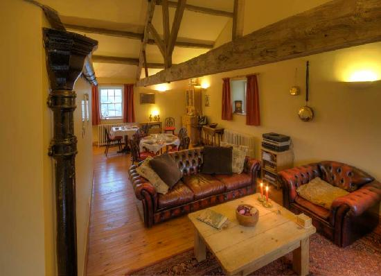 Bainbridge, UK: The lounge area
