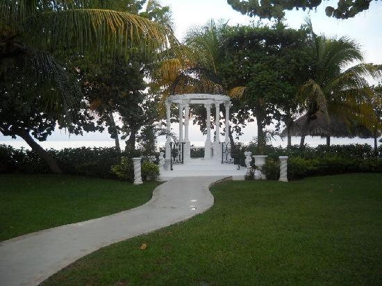 Beaches Negril Resort Spa Wedding Gazebo