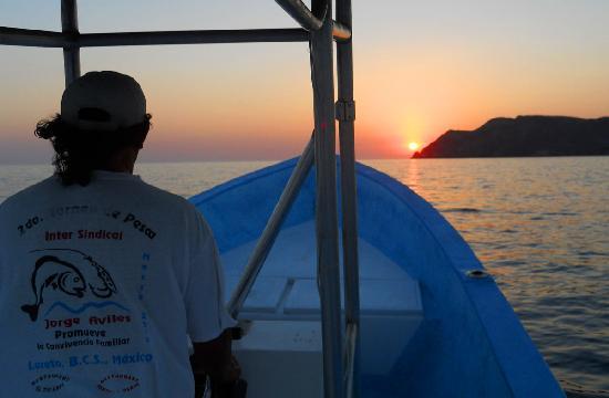 The Baja Big Fish Company: Famous Loreto sunrise on the way to fishing grounds