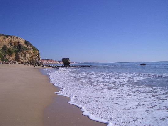 Praia dos Olhos de Água: Beach Olhos de Água