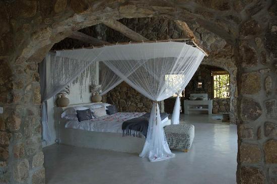 Likoma Island, Malaui: Madimba interior