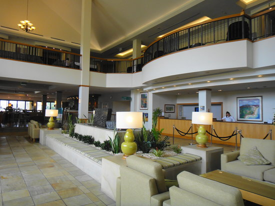 Mercure Gold Coast Resort: Lobby