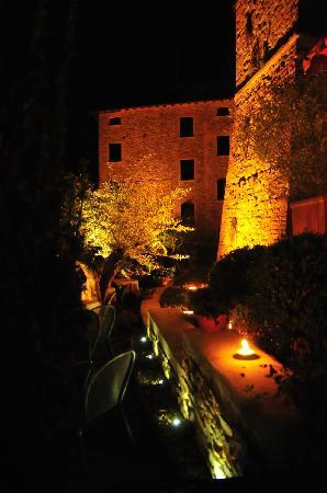 Il Cappero alle Mura: le mura storiche illuminate