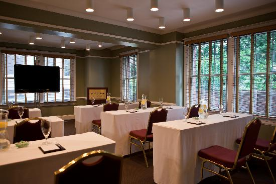 Hotel Lombardy: Meeting Classroom Style
