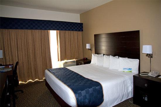 佩吉/鮑威爾湖戴斯套房飯店照片