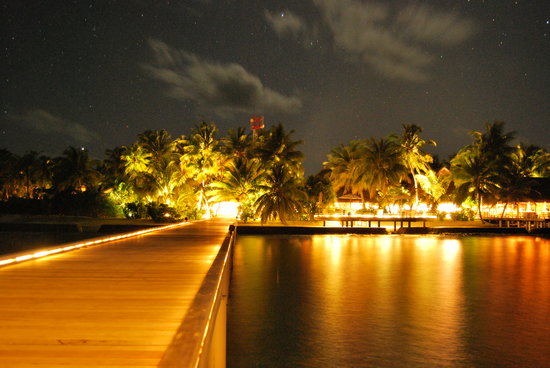 Maafushivaru: High exposure from the jetty