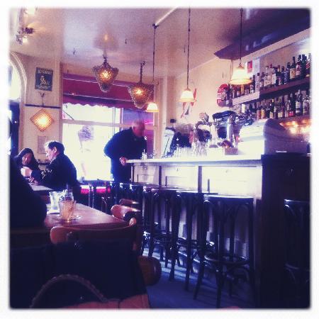 Sunhead of 1617 : A nearby cafe Barones