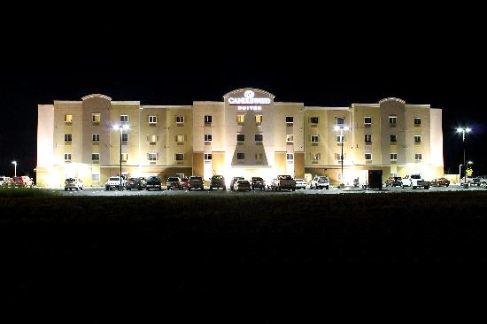 Candlewood Suites Grand Junction NW: Night shot