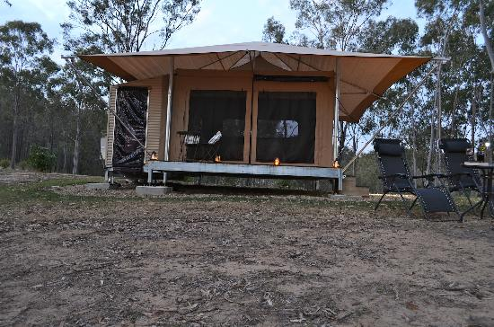 Ketchupu0027s Bank Gl&ing Tent exterior & Beyond the Black Stump - Picture of Ketchupu0027s Bank Glamping Cannon ...