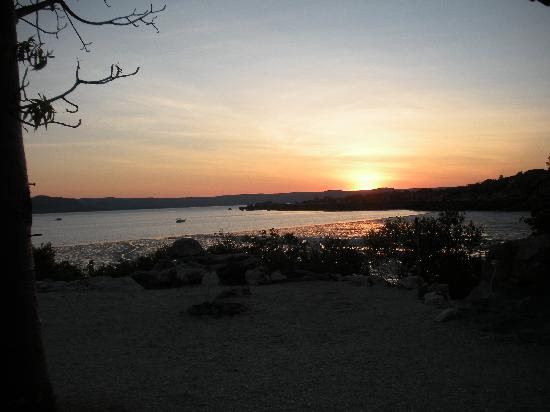 Kimberley Coastal Camp: Sunset at KCC
