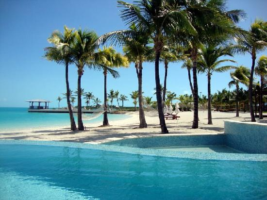 Blue Haven Resort: View from pool