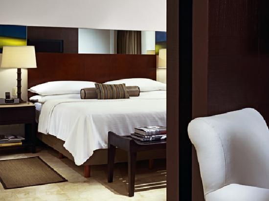Live Aqua Beach Resort Cancun: Suite