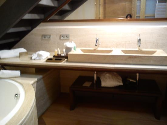 Insotel Fenicia Prestige Suites & Spa: Bathroom