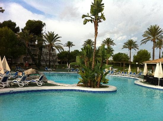 Hotel Stil Picafort Park: Picafort Park. View from hotel bar across pool to Block G