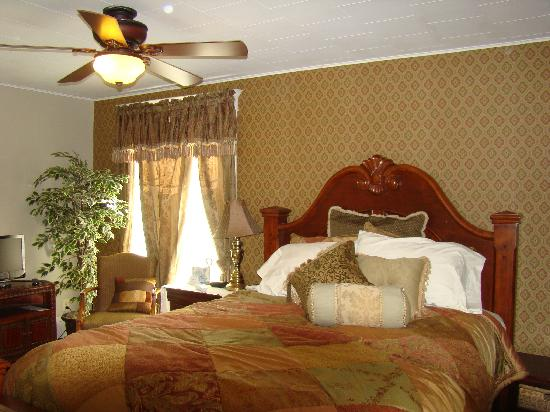 Vintage Charm Guesthouse /  Hotel: Tuscany Suite