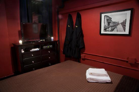 The Bowery House: Prince Room
