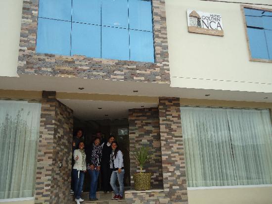 Hotel Golden Inca: Hotel junto a su staff