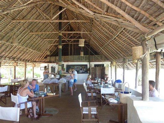 Matemwe Lodge, Asilia Africa: Restaurant brekky lucnh dinner!