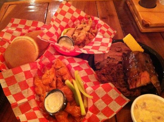 Archie's Barbeque : sampler.