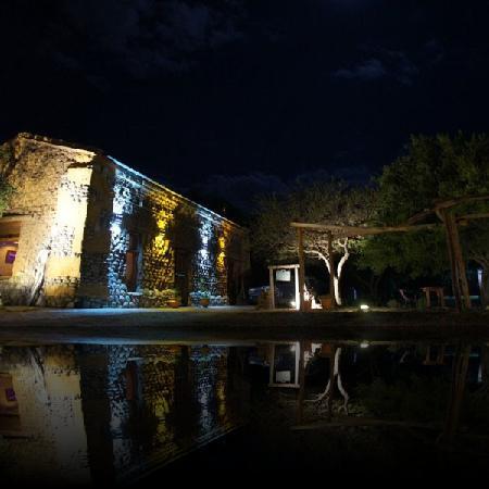 El Adobe: vista nocturna